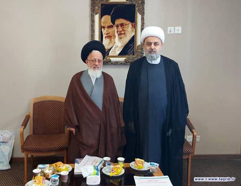 دیدار دبیرکل مجمع تقریب و نماینده ولی فقیه در کشور عراق