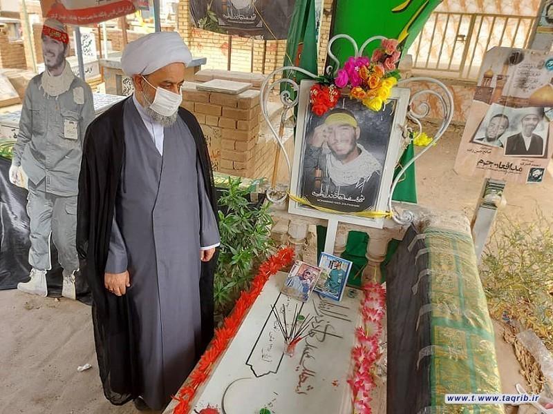حضور دبیرکل مجمع تقریب بر مزار آیات عظام و شهدای مقاومت در عراق
