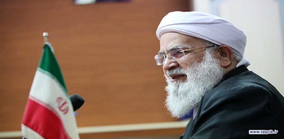 مولوی اسحاق مدنی در گفتگو با تقریب: محبت به خاندان پیامبراسلام(ص) سبب تحکیم وحدت اسلامی می شود