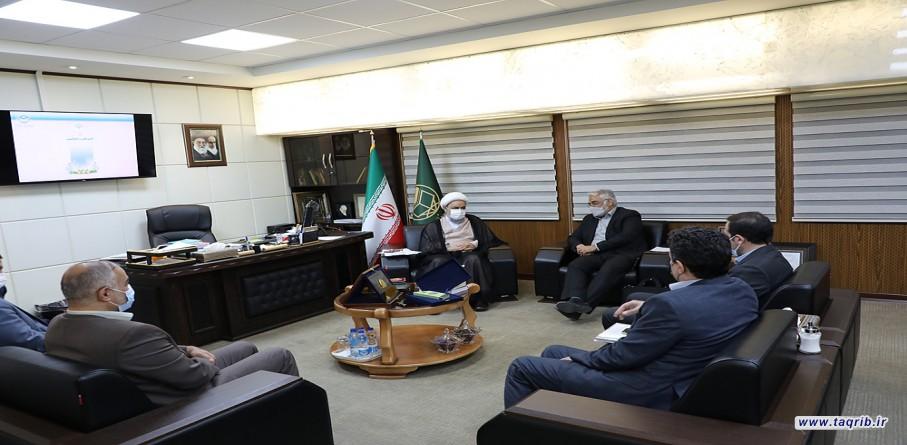 دیدار رئیس دانشگاه آزاد اسلامی با دبیرکل مجمع جهانی تقریب مذاهب اسلامی